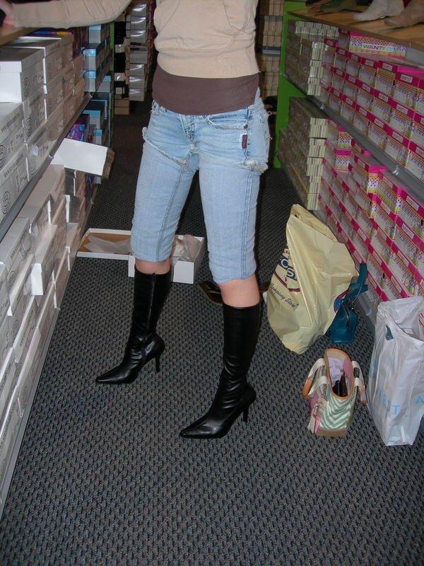 essayage bottes magasin Bottes chaussures voir  livraison gratuite en magasin ou livraison gratuite à l'achat de 70 $ et  utilisez l'app aldo en magasin pour une demande d'essayage.